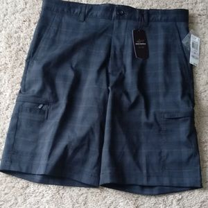 Greg Norman Men's Plaid Golf Shorts * 32